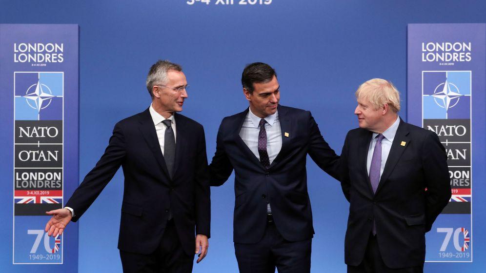 Foto: El presidente del Gobierno, Pedro Sánchez, junto al primer ministro británico, Boris Johnson. (Reuters)