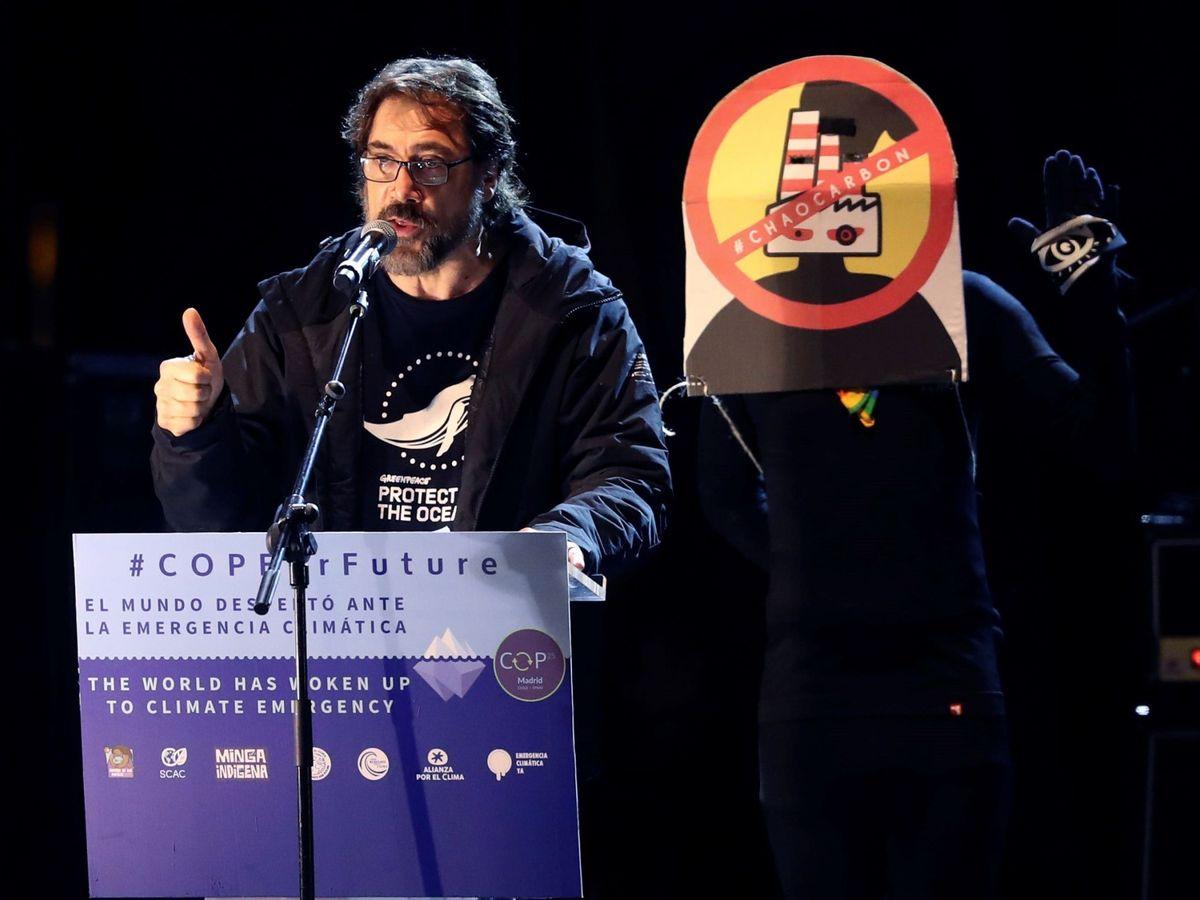 Foto: El actor Javier Bardem interviene en la Marcha por el Clima. (EFE)