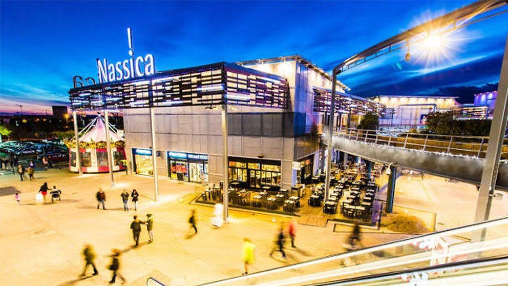 Los reyes de los 'outlets' compran a KKR el centro Nassica por 140 millones