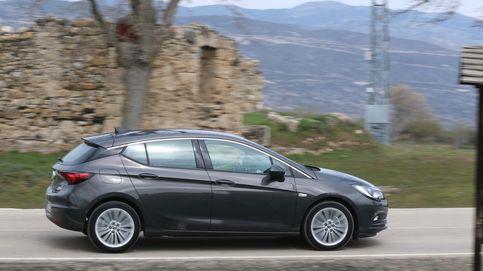 Opel lidera un mercado que baja por primera vez en 30 meses