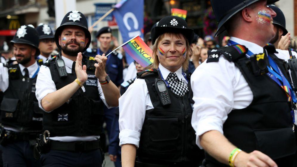 Foto: Agentes de policía durante el desfile del Orgullo LGTB de 2019 en Londres. (Reuters)