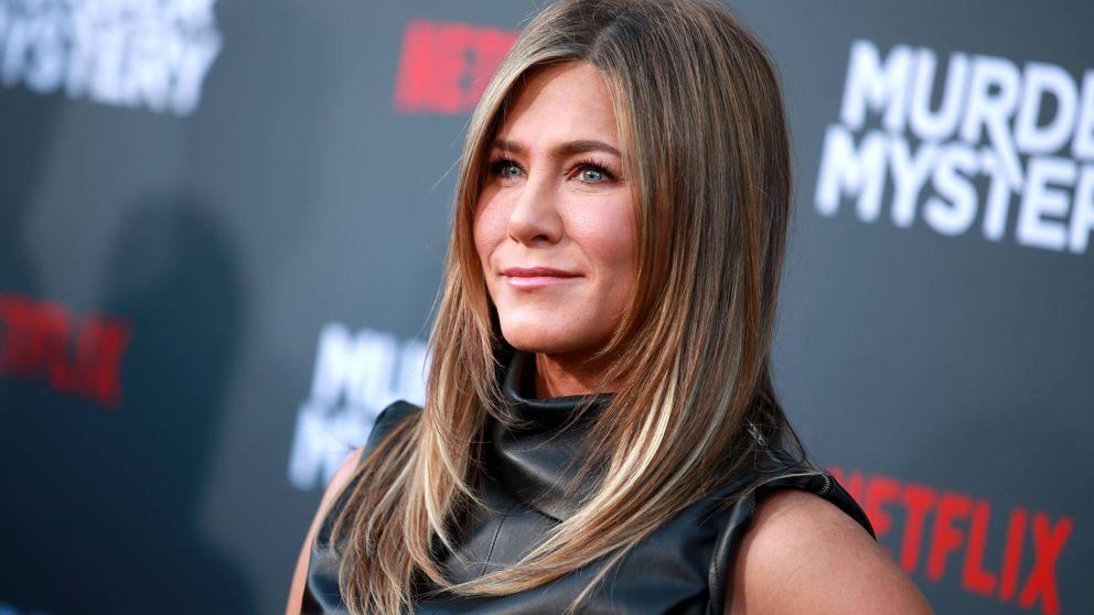 Jennifer Aniston vuelve a apostar por su prenda salvavidas