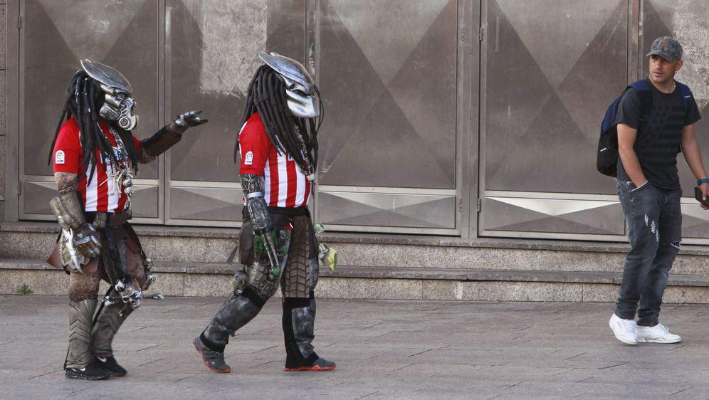 Foto: Imagen de aficionados del Atlético de Madrid. (EFE)