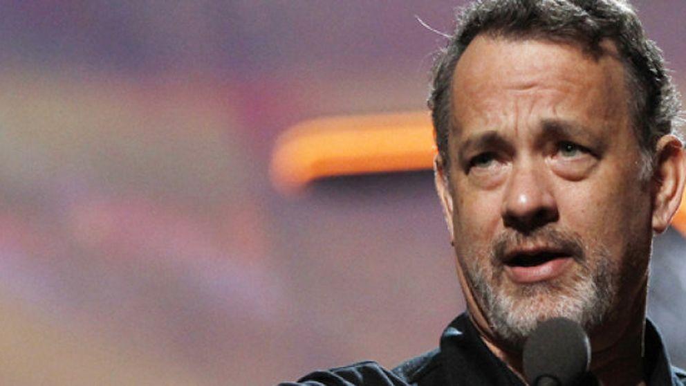 Tom Hanks recibe elogios en su debut en Broadway