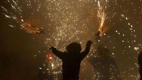 Elche se ilumina con su tradicional 'Nit de l´Albá' tras quemar 2.000 kilos de pólvora