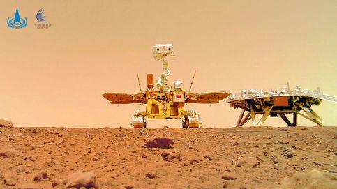 China revela imágenes a color de su astromóvil Zhurong en Marte