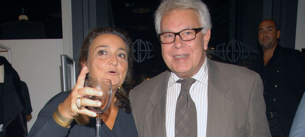 Foto: Felipe González y la peletera Elena Benarroch en una imagen de archivo (Gtres)