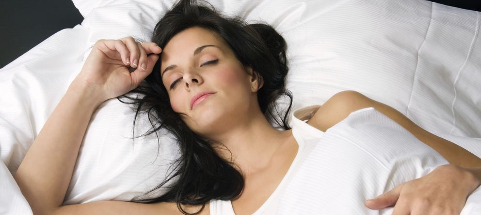 Foto: El cuidado de la almohada es básico para tener un sueño de calidad. (iStock)