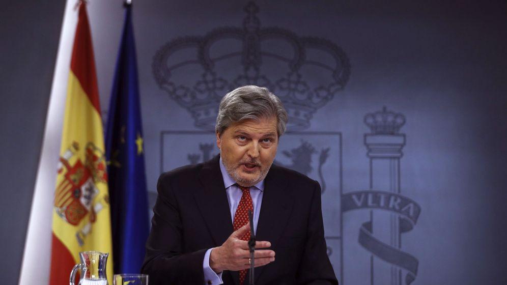 Foto: El portavoz del Gobierno, Íñigo Méndez de Vigo, durante la rueda de prensa tras la reunión del Consejo de Ministros. (EFE)