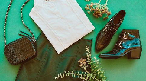 Las botas con tachuelas se llevan y estas de Stradivarius triunfan con cualquier look