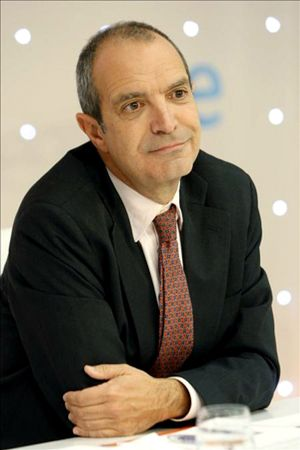 El ex presidente de RTVE, Luis Fernández, salta el charco para dirigir Univision Studios en Estados Unidos