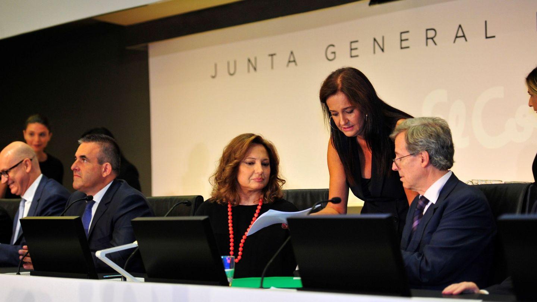 Marta Álvarez, durante una junta de El Corte Inglés. (EFE)