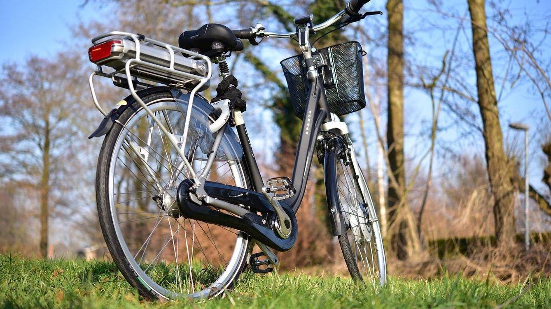 Olvídate de jubilar tu bicicleta: cómo darle una nueva vida convirtiéndola en eléctrica