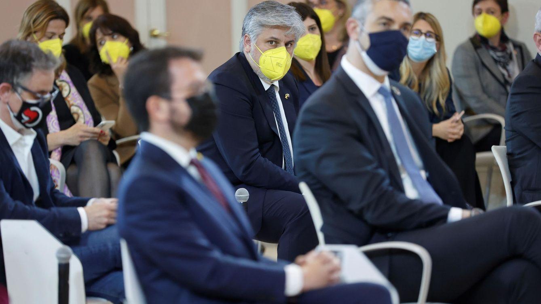 JxCAT regala a Pedro Sánchez dos meses de oro para las elecciones de Madrid