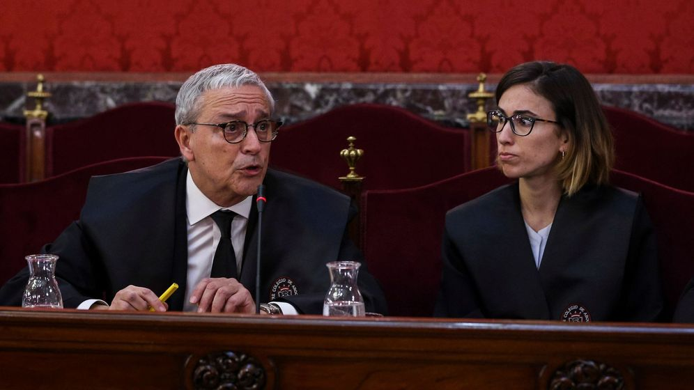 Foto: El letrado Xavier Melero (i), abogado de Joaquim Forn. (EFE)