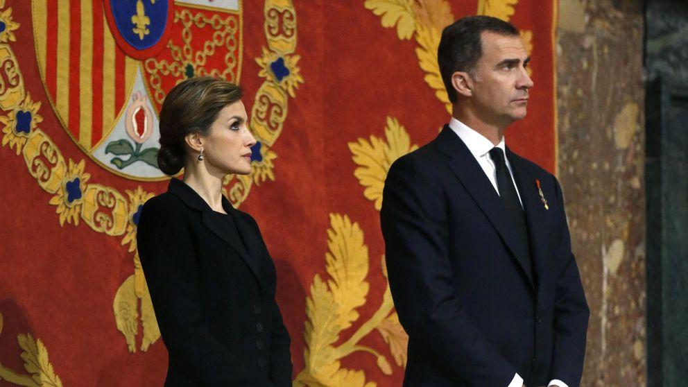 Los cuatro Reyes presiden la misa funeral por el infante Don Carlos de Borbón Dos Sicilias