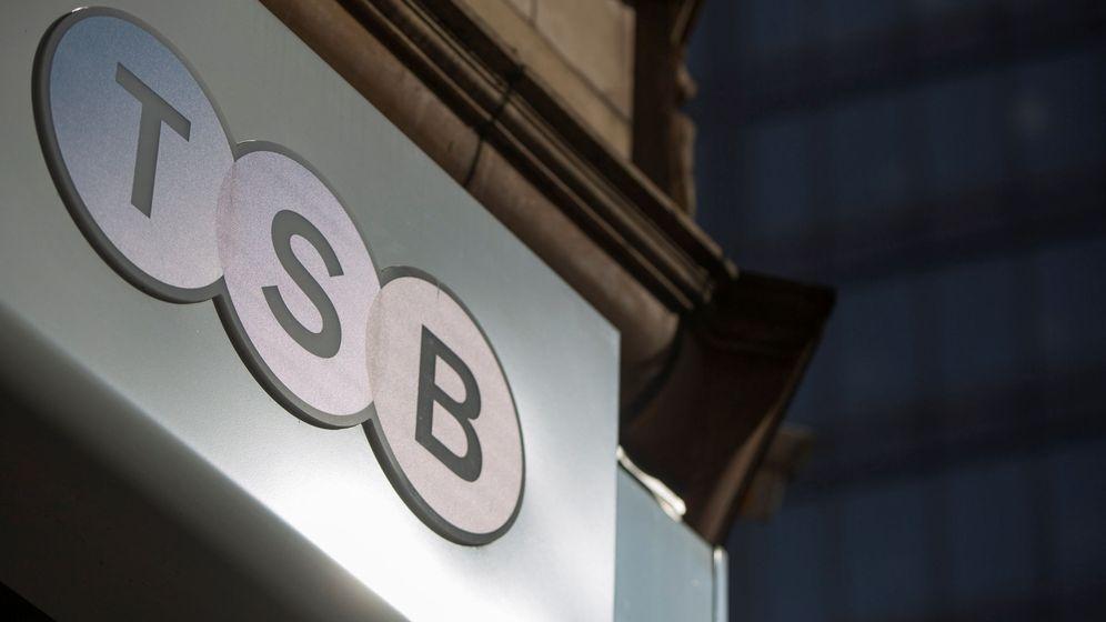 Foto: Oficina de TSB en Reino Unido (Reuters)