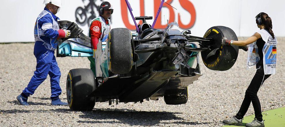 Foto: Hamilton recibe otra 'patada' para el campeonato de 27 g y a 210 km/h