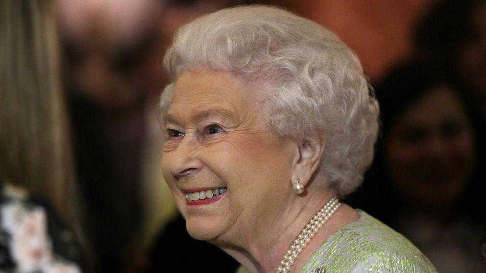 Una broma en Twitter obliga a Buckingham Palace a desmentir la muerte de Isabel II