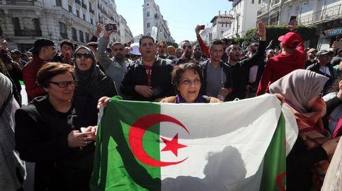 Bouteflika presenta su candidatura a la reelección pese a las protestas en Argelia