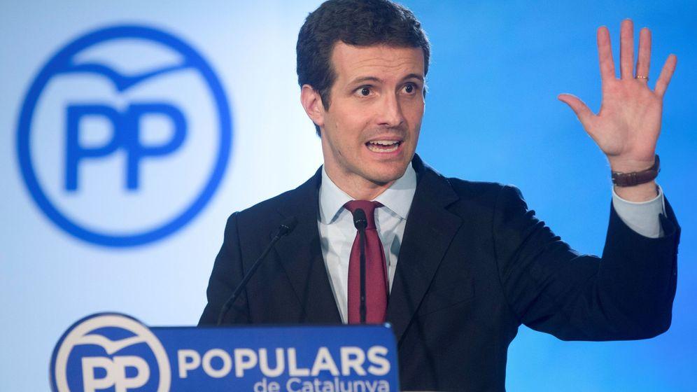 Foto: El presidente del PP, Pablo Casado, durante la rueda de prensa ofrecida hoy tras presidir en Barcelona la primera reunión del comité ejecutivo nacional de su partido. (EFE)