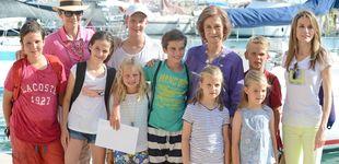 Post de Doña Sofía lo consigue: reúne a sus ocho nietos en una cena en Mallorca