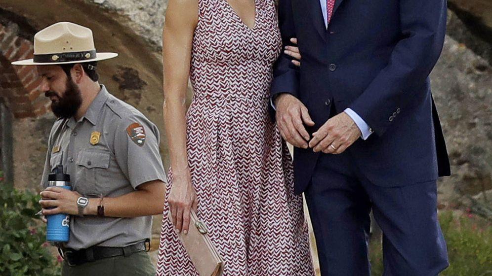 24c18f74426a letizia-estrena-en-texas-un-vestido-sencillo -acertado-y-perfecto-para-el-verano.jpg mtime 1529255430