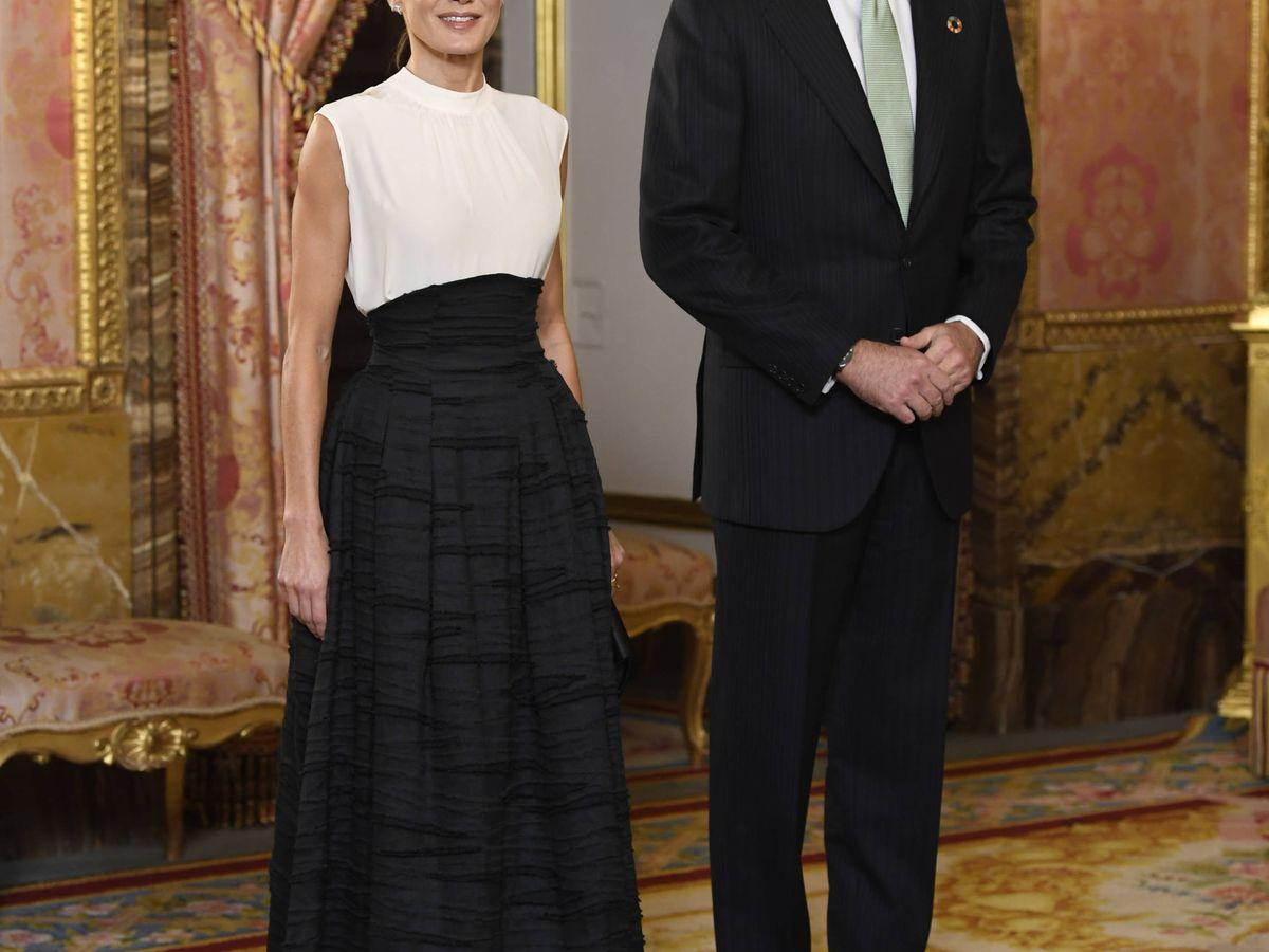 Foto: Los reyes Felipe y Letizia, durante la recepción del Palacio Real. (Limited Pictures)