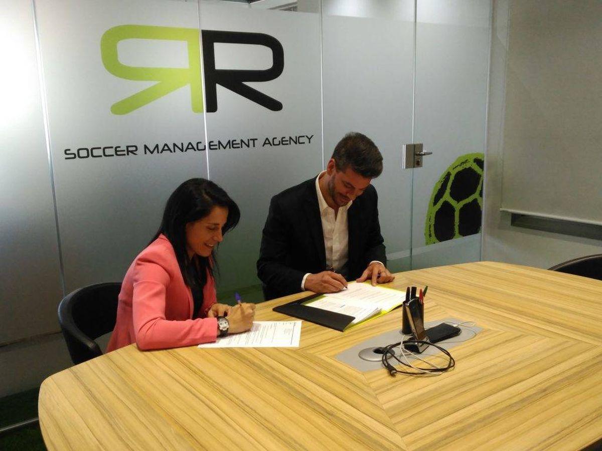 Foto: Ana Rossell, actual directora deportiva del Real Madrid femenino, y René Ramos.