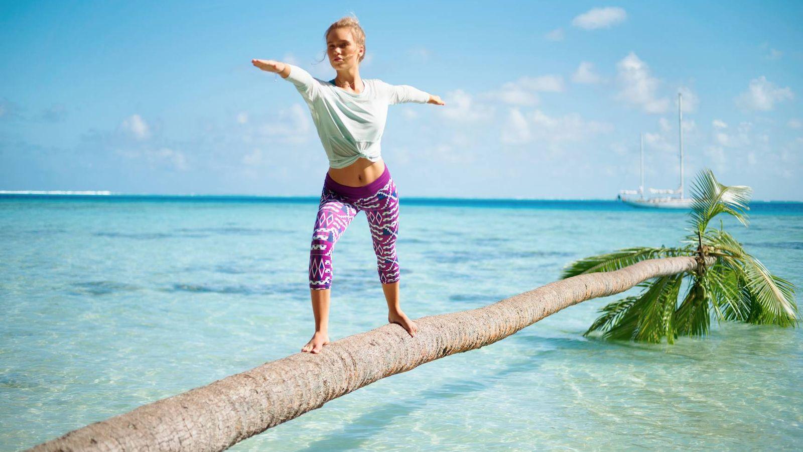 Foto: No dejes que la 'dieta' del chiringuito arruine tu Operación Bikini y ponte en marcha con estos ejercicios. (Foto: Roxy)