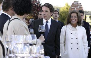 Montoro abre una investigación fiscal a la empresa familiar de Aznar y Botella