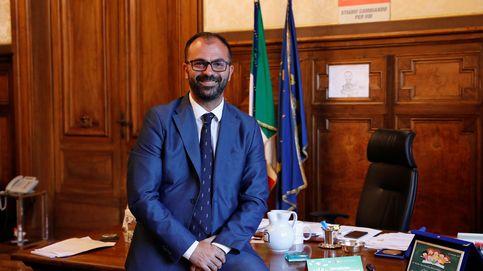 Dimite el ministro de Educación de Italia en protesta por los Presupuestos
