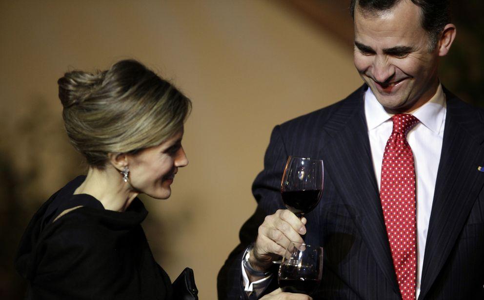 Foto: Los príncipes de Asturias durante una cena de gala en Santiago de Chile (Gtres)