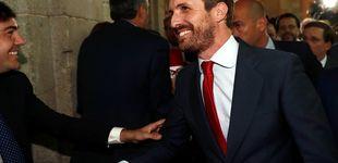 Post de Con barbita y nuevo look: Pablo Casado saca su lado sexy en su vuelta al cole