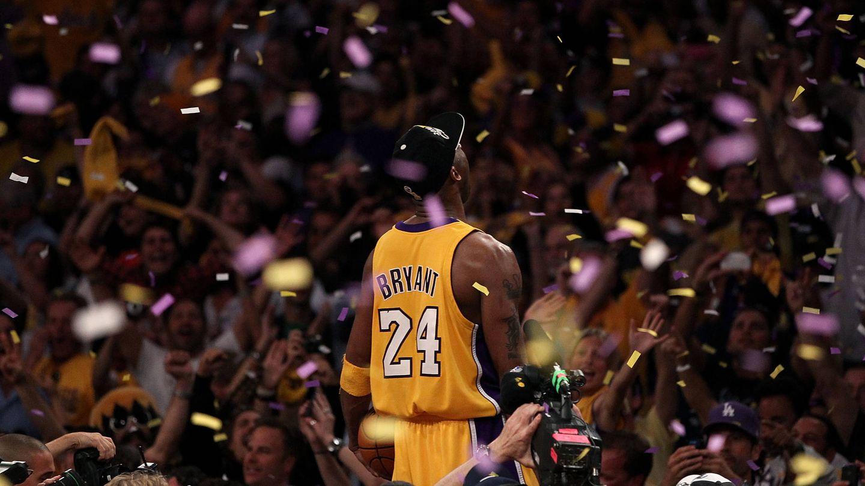 El jugador, tras ganar uno de sus anillos de la NBA. (Getty)