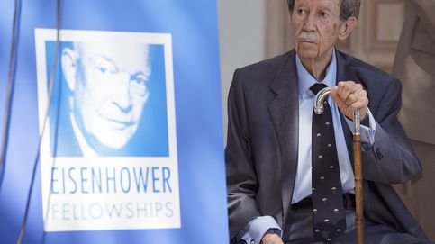 Adiós a Manuel Alcántara, el decano de los columnistas españoles