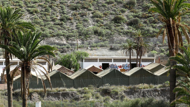 Campamento militar para alojar a los migrantes que han llegado a Gran Canaria. (Reuters)