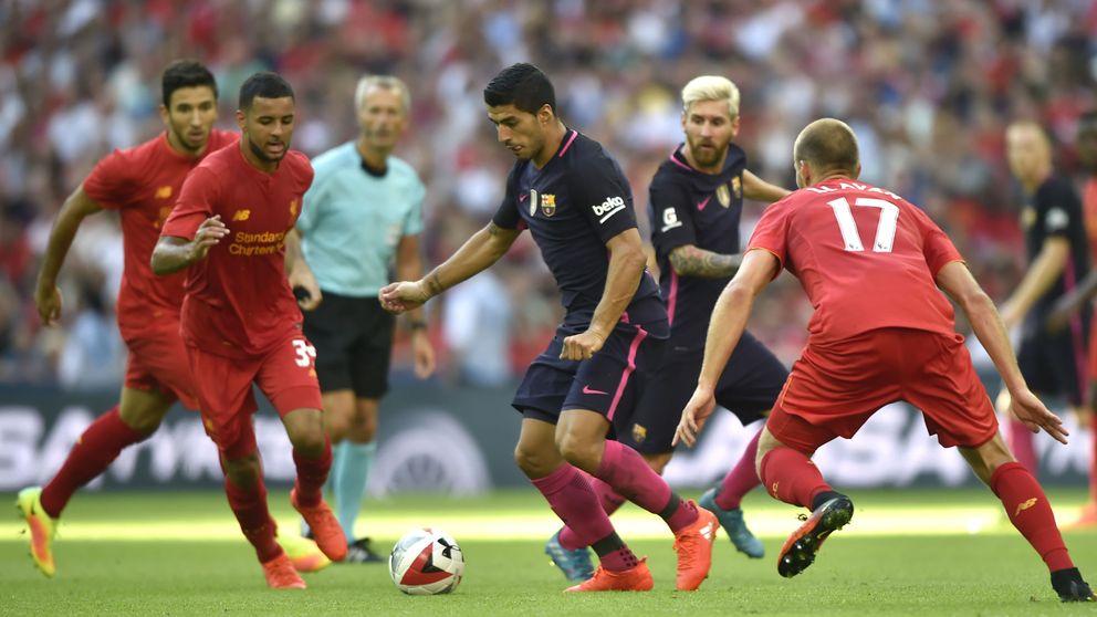 La defensa del Barcelona fue una verbena y el Liverpool hizo sangre