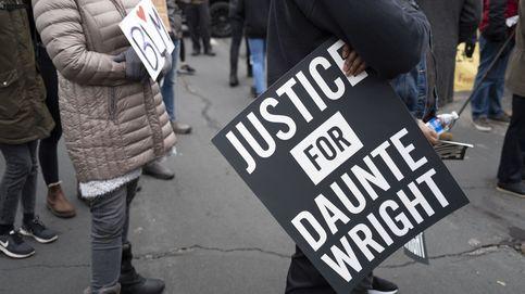 La agente que mató a Wright dimite y la familia rechaza que fuese un accidente