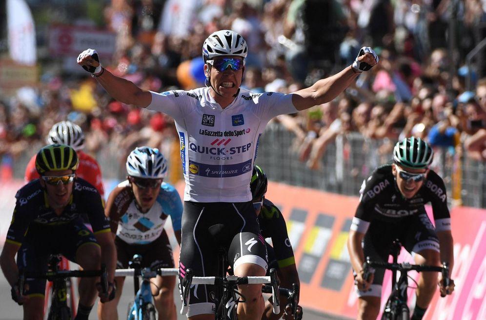 Foto: En la imagen, Bob Jungels en el momento de ganar la etapa. (EFE)