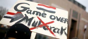 Mubarak cambia la cupula del partido y recibe un espaldarazo de EEUU
