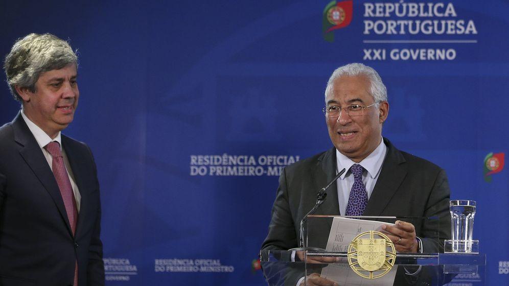 Foto: El primer ministro de Portugal, António Costa (d), y su ministro de Finanzas, Mario Centeno (i), en Lisboa. (EFE)
