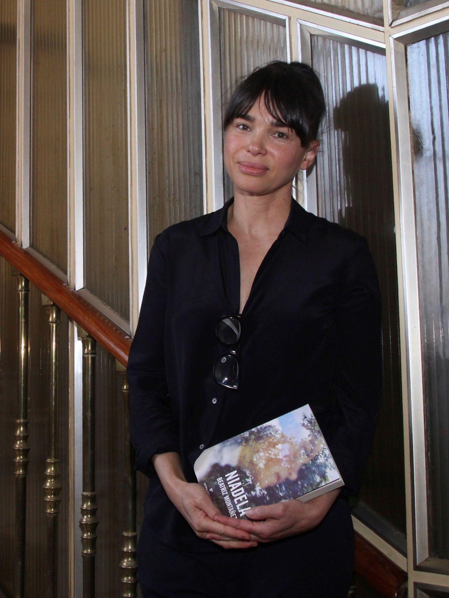 La periodista y escritora Beatriz Montañez, durante la promoción de su libro. (EFE)