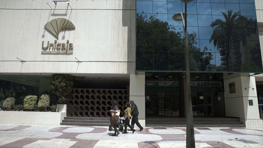 Foto: Sede central de Unicaja en Málaga. (EFE)