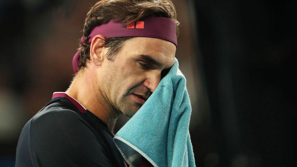 Foto: Roger Federer se lamenta de un punto contra John Millman. (Reuters)