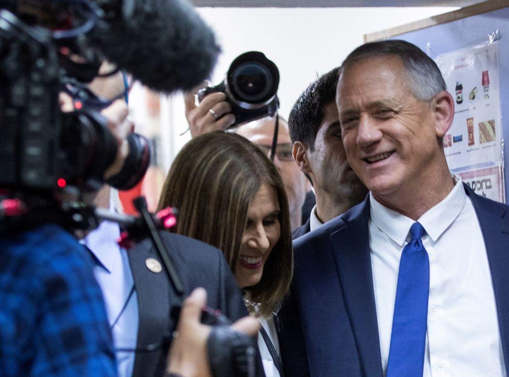 Foto: El líder de la coalición centrista Blanco y Azul, el exgeneral Benny Gantz. (EFE)