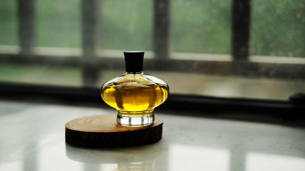 Los perfumes más insólitos (y unisex) que huelen hasta a Coca-Cola