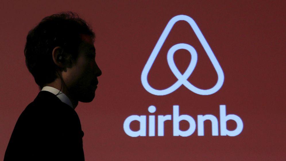 Foto: Airbnb, sancionada con 30.000 euros por la Generalitat valenciana. (EFE)