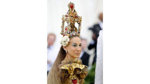 Santas, vírgenes y mártires: los mejores looks de belleza de la gala del MET
