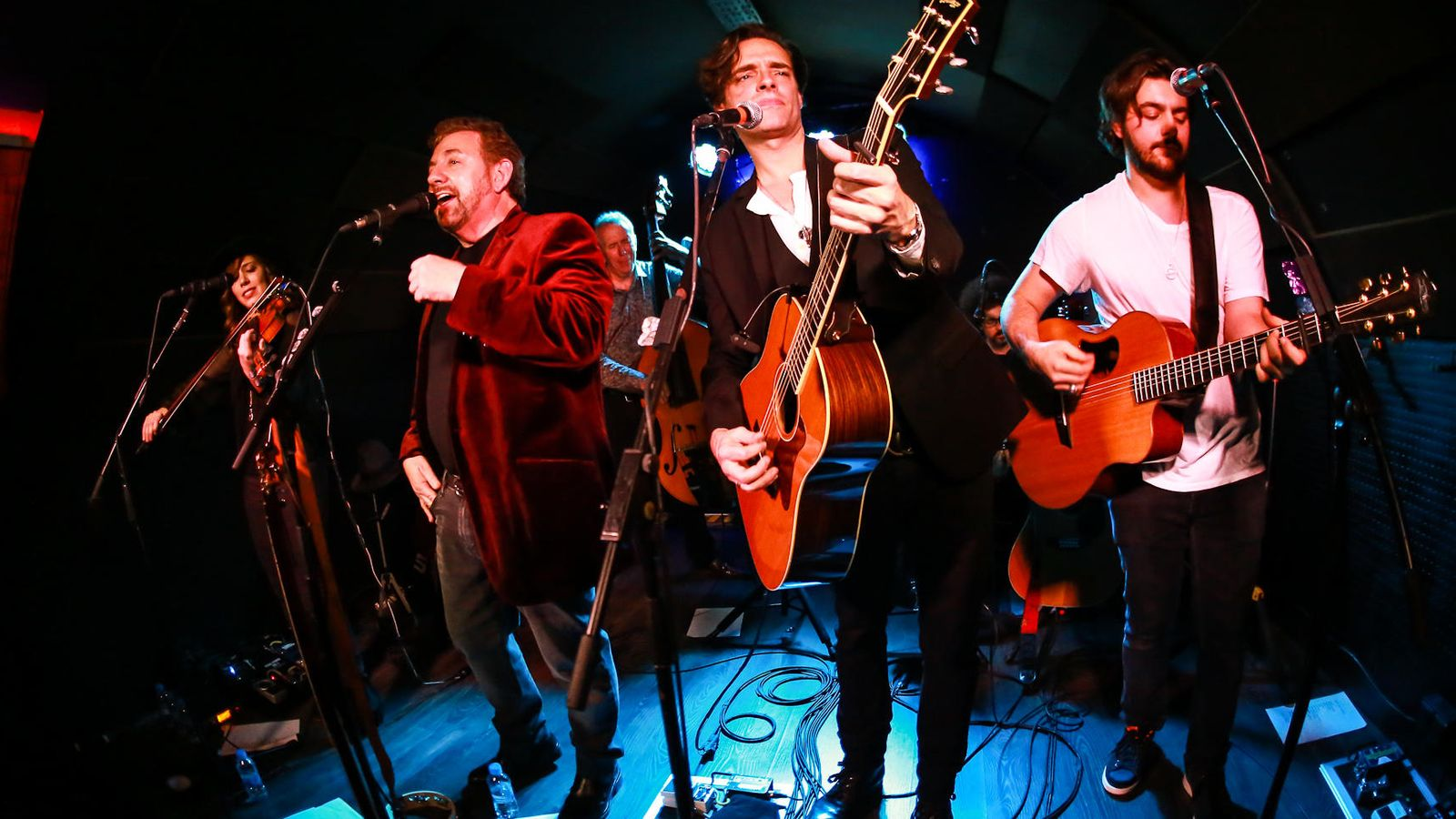 Foto: James Dolan, segundo por la izquierda, en un momento del concierto. (Foto: José Manuel Martín)